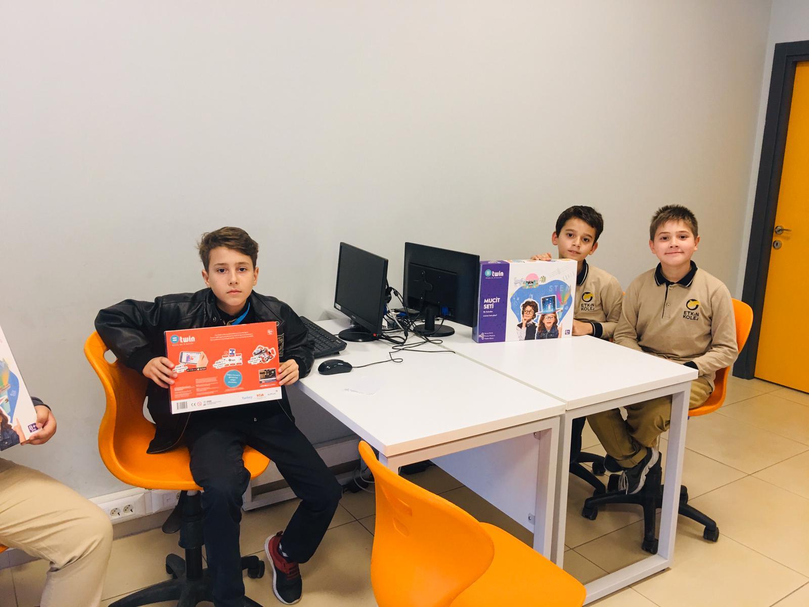 Etkin Kolej | Bilim Seferberliği Projesine Katkı