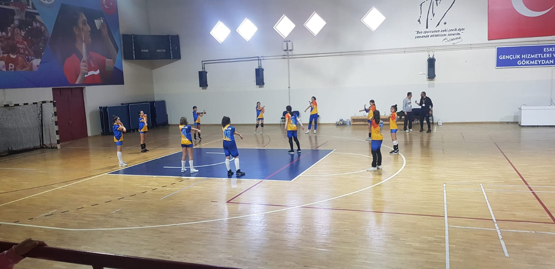 Etkin Kolej | Voleybol Maçı Zaferi