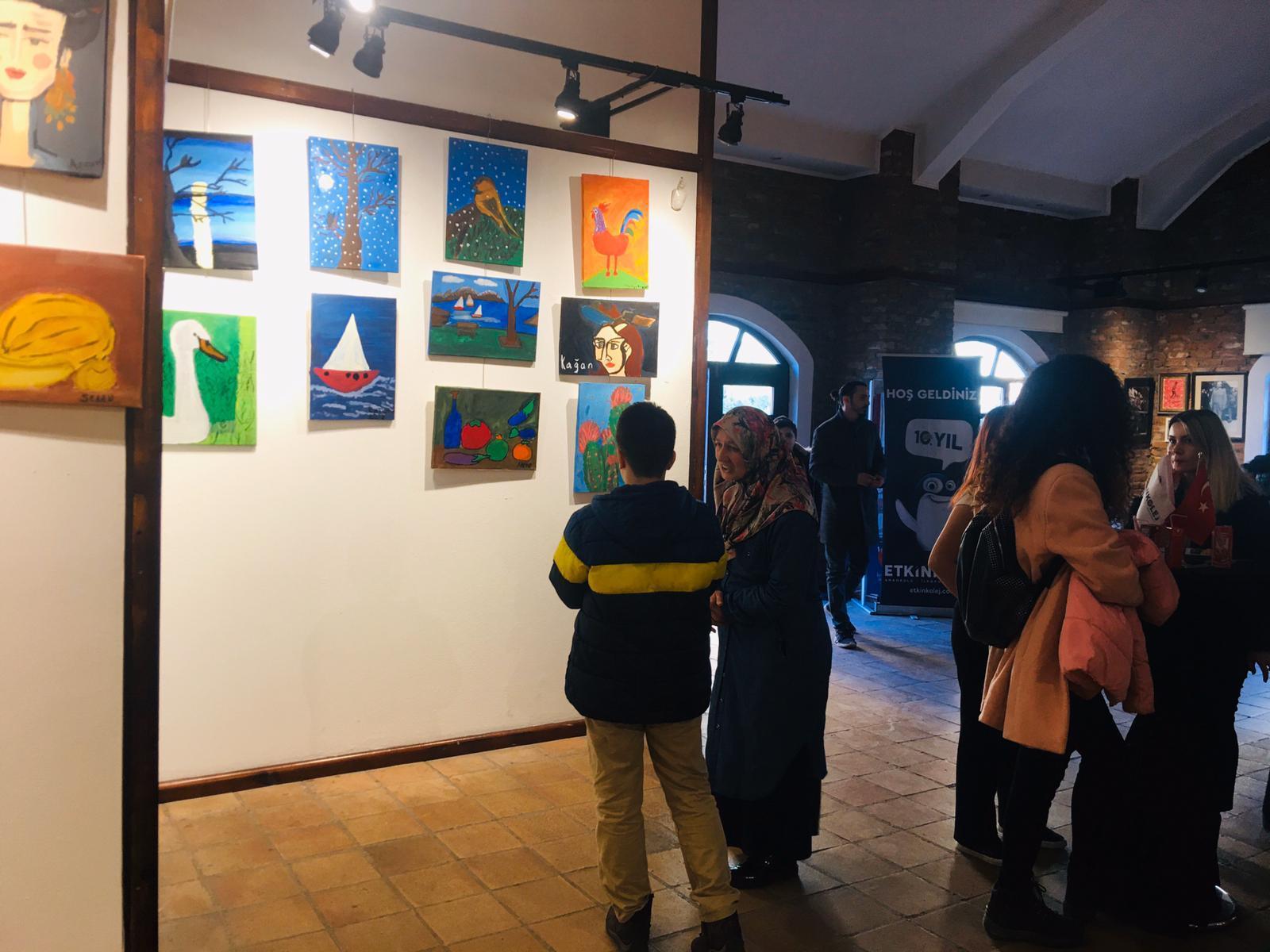 Etkin Kolej | Atilla Özer Karikatürlüev'de Etkin Kolej Rüzgarı