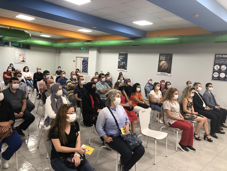 Etkin Kolej   2020-2021 Eğitim Öğretim Yılı Hazırlık Toplantısı Velilerin Yoğun Katılımı ile Etkin Kolej'de Gerçekleştirildi