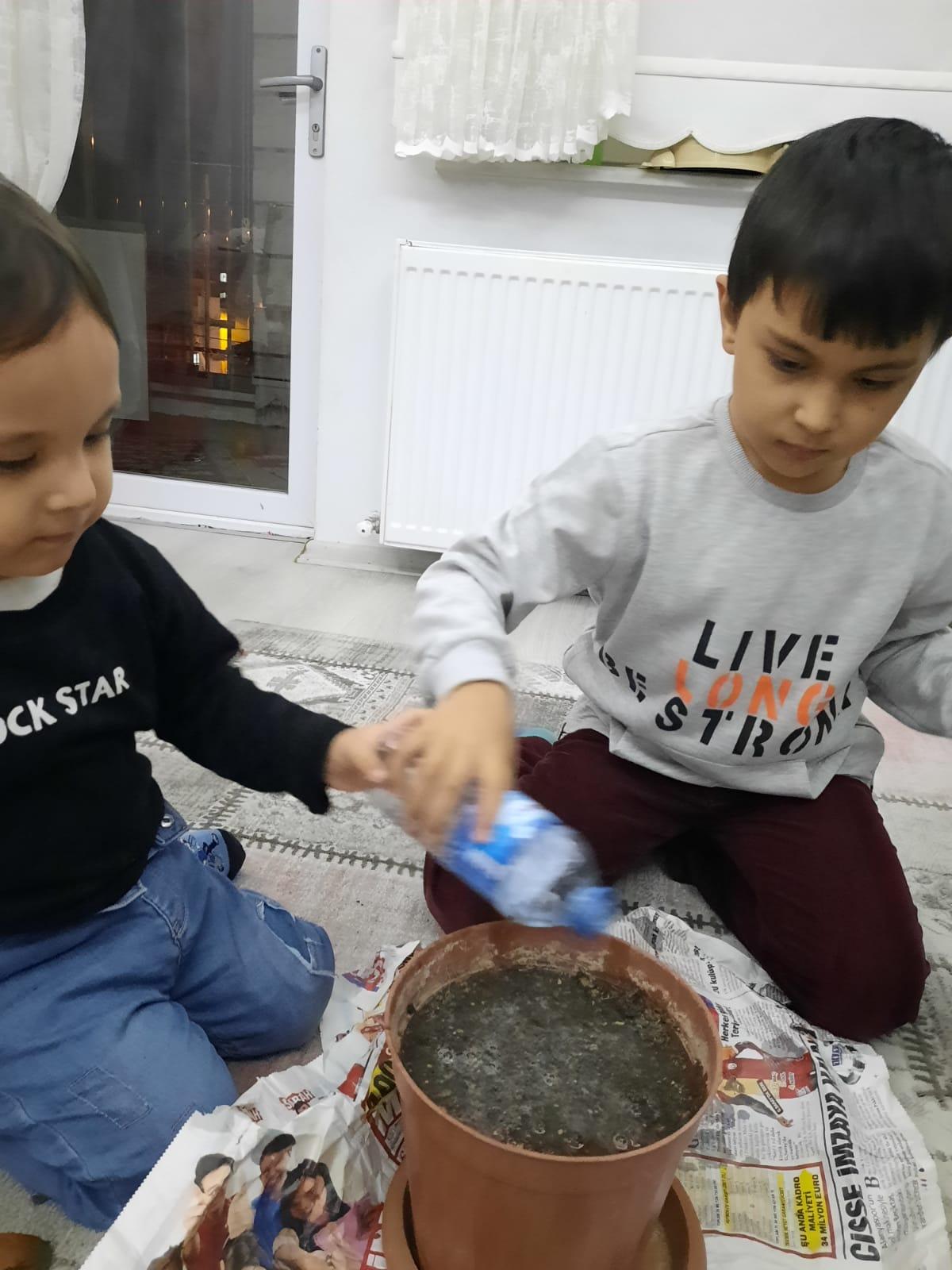 Etkin Kolej   YERLİ MALI ÜRETİYORUM